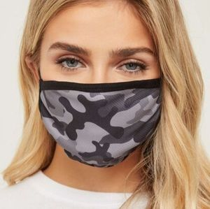 NWT 3/$25🎉 Lightweight Breathable Camo Face Mask